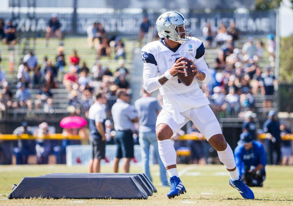 Dallas Cowboys quarterback Dak Prescott (4) runs a drill during an afternoon practice at training camp in Oxnard, California on Wednesday, August 7, 2019. (Ashley Landis/The Dallas Morning News)
