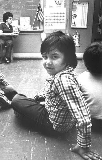 Marcello, un estudiante en la clase de Caridad Nunez'en Proyecto Educacion en 1980. ARCHIVO DMN.
