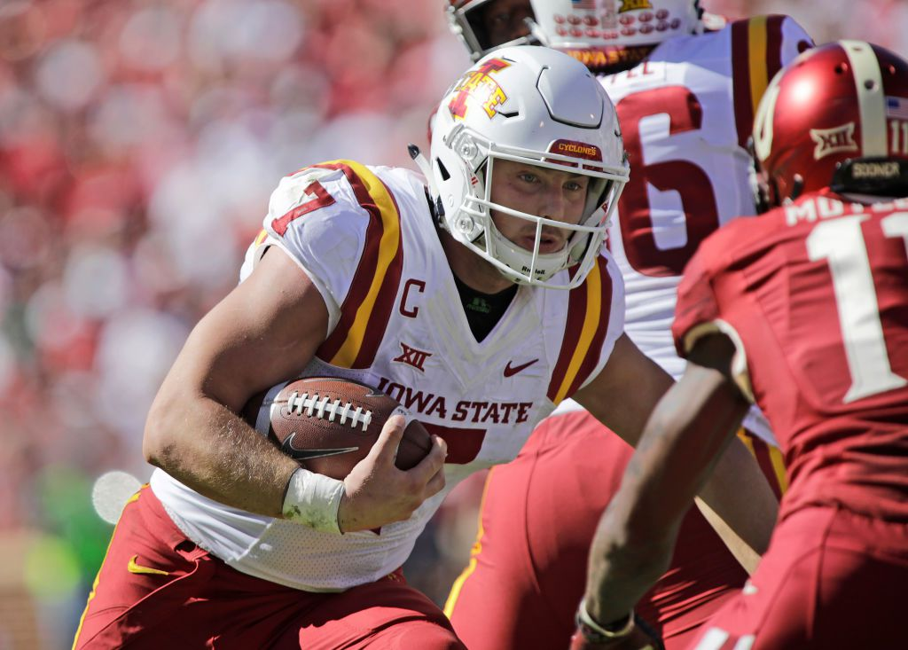 NORMAN, OK - OCTOBER 07: Quarterback Joel Lanning #7 of the Iowa State Cyclones runs against the Oklahoma Sooners at Gaylord Family Oklahoma Memorial Stadium on October 7, 2017 in Norman, Oklahoma. Iowa State defeated Oklahoma 38-31. (Photo by Brett Deering/Getty Images)