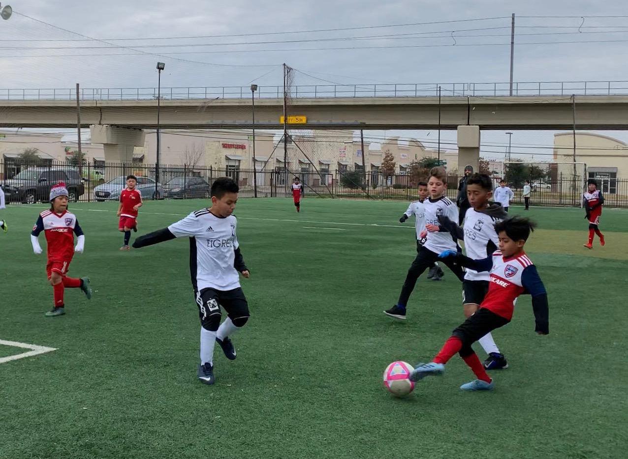 Santiago González , de 9 años, fue visto por buscatalentos de los Rayados de Monterrey.(asdfa asdf)