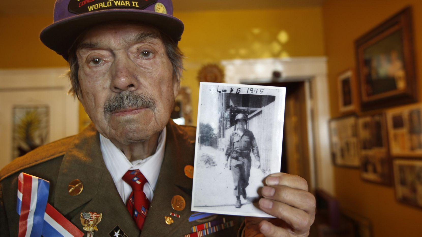 Lupe Valderas, un héroe de la Segunda Guerra Mundial, falleció a los 93 años. ARCHIVO DMN