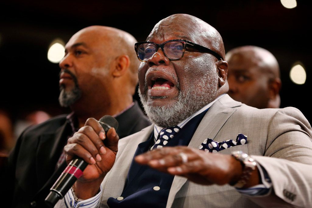 T D  Jakes steals the show as thousands of faith leaders