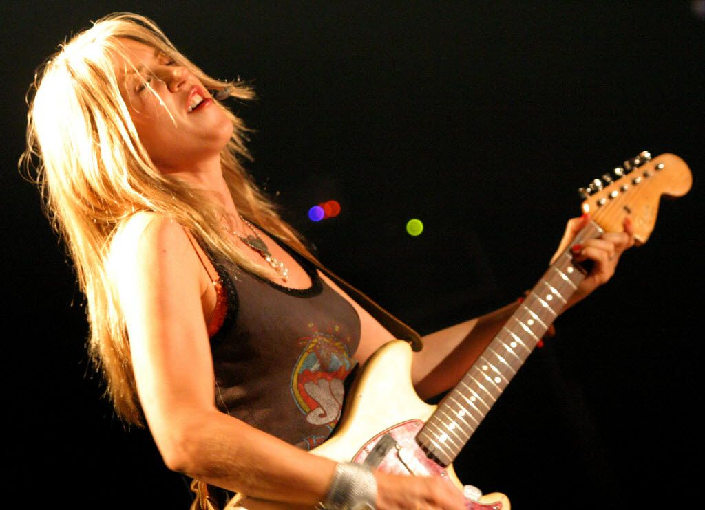 Liz Phair performed at the Gypsy Tea Room in Dallas in 2004 as part of the Chicks With Attitude Tour. She says she wrote her new memoir, in part, because the death of singer Prince made her think about her own legacy.