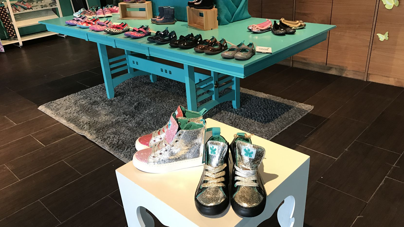 Chooze pop-up store at Preston and Royal in Dallas.