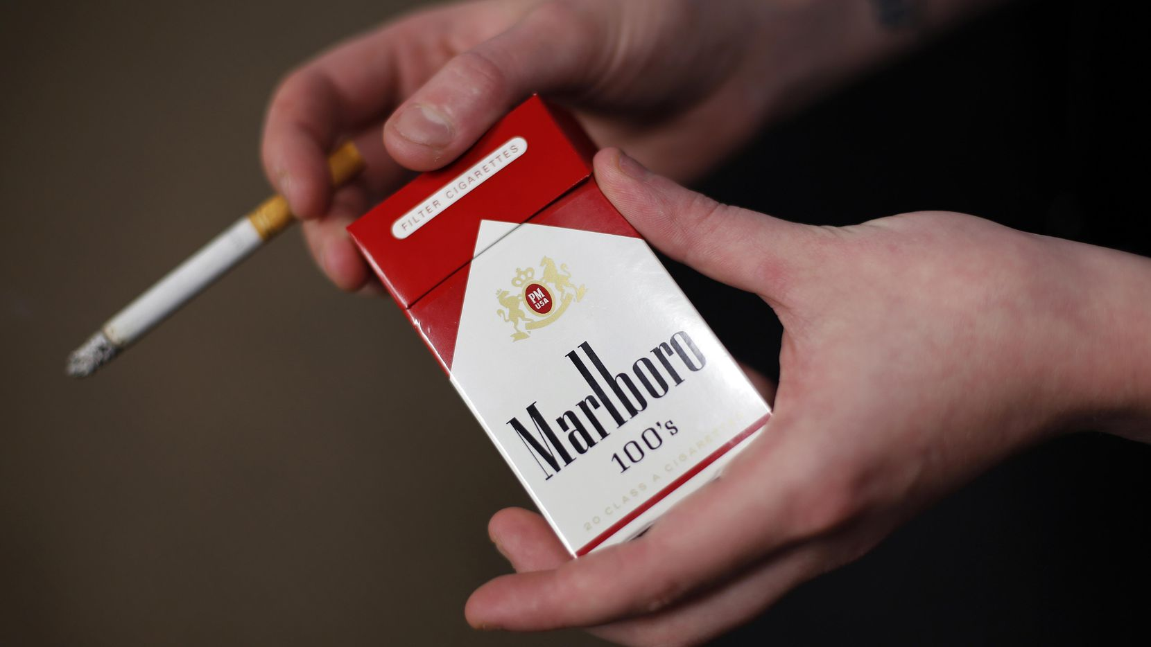 Una cajetilla de cigarros marlboros. (AP/Gene J. Puskar)