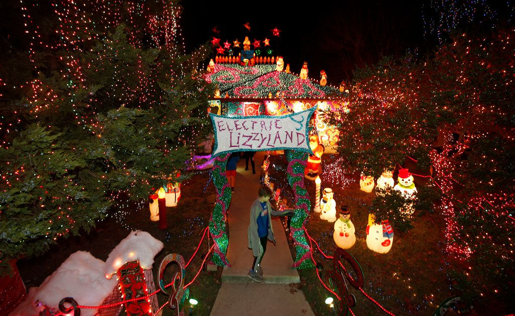 Inside Old East Dallas' holiday bright spot: the dazzling Electric Lizzyland Christmas display