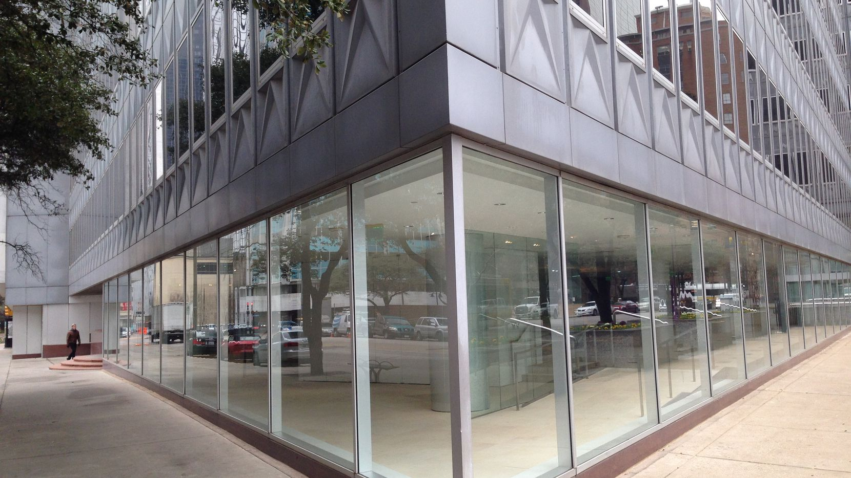The Dallas Center for Architecture will locate in the ground floor of the landmark Republic Center tower at Pacific Avenue and St. Paul Street.