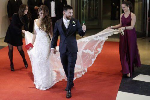 Lionel Messi y Antonella Roccuzzo se casaron el 30 de junio en Argentina. Pidieron que sus invitados en vez de regalo, donaran a la fundación TECHO. Foto AP