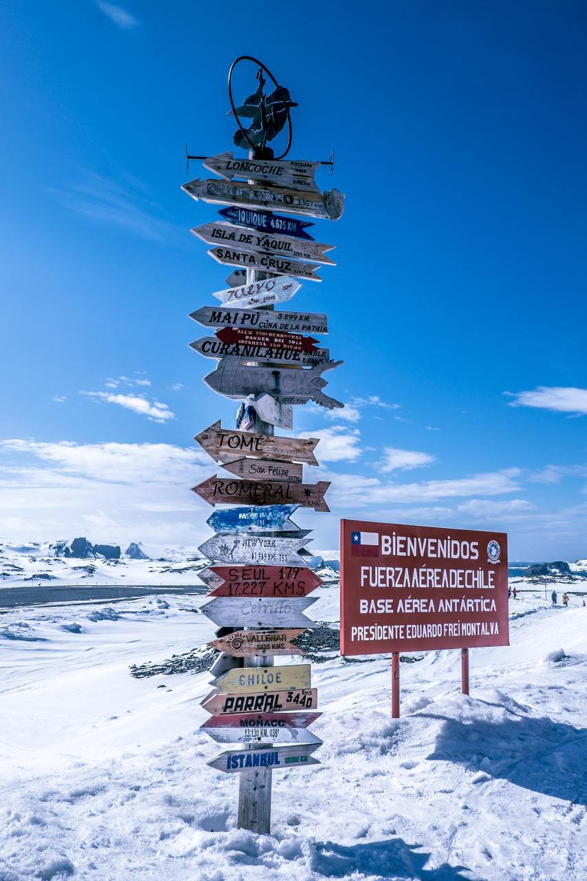 After a two-hour flight from Punta Arenas, passengers arrive at King George Island in the South Shetlands, which is shared by Chile's Frei and Russia's Bellingshausen scientific stations.