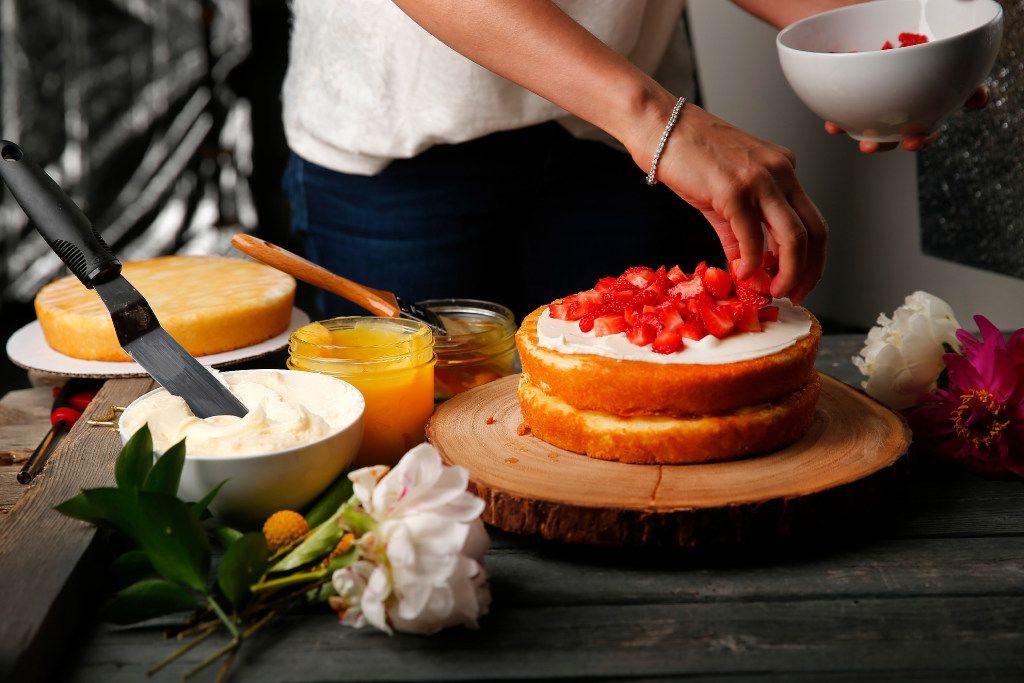 Local baker Kristen Massad demonstrates how to make a naked layer cake.