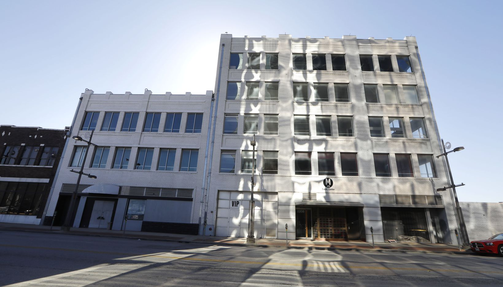 Aircraft manufacturer Chance-Vought and Blue Cross and Blue Shield were once based in this Main Street building.