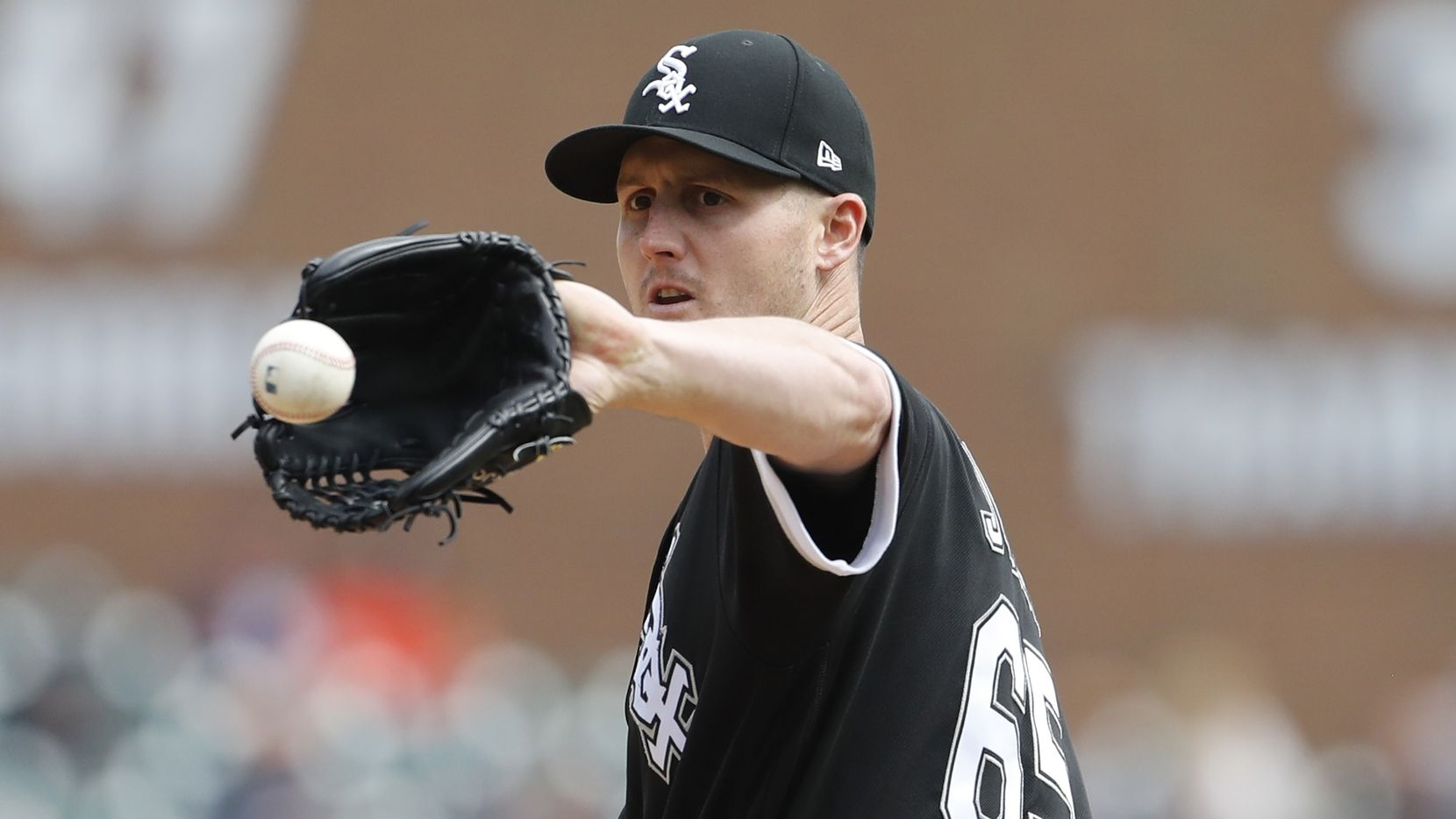 Rangers acquire international slot money from White Sox to