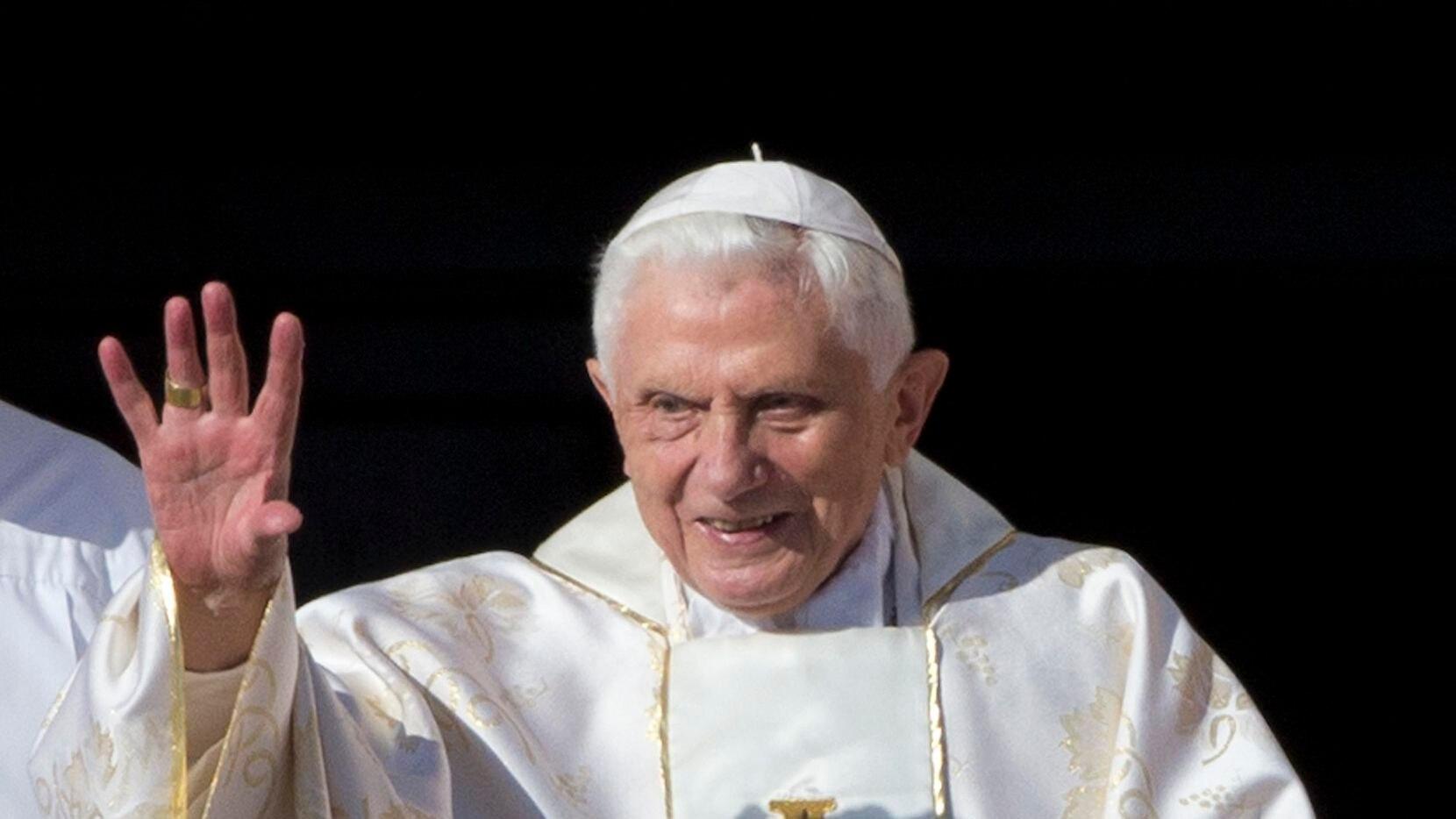 """El papa Benedicto XVI se retiró en 2014 para dedicarse a """"una vida de penitencia y oración"""".(AP)"""