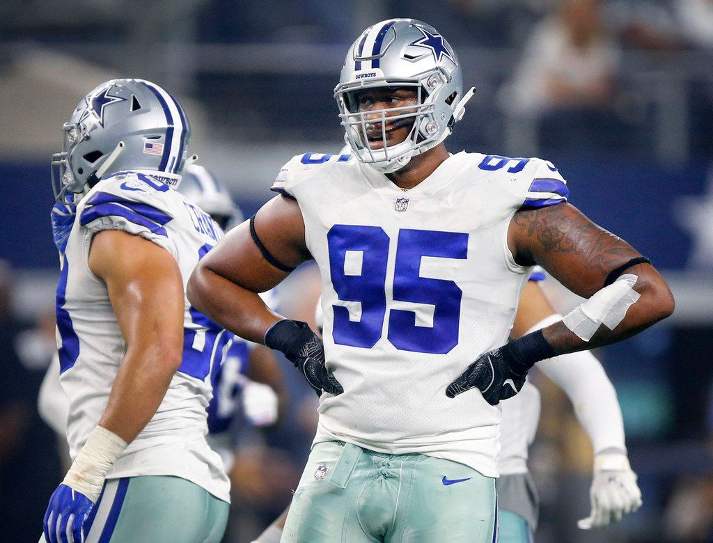 Dallas Cowboys defensive tackle David Irving (95) catches his breath between fourth quarter plays against the Jacksonville Jaguars at AT&T Stadium in Arlington, Texas, Sunday, October 14, 2018. (Tom Fox/The Dallas Morning News)