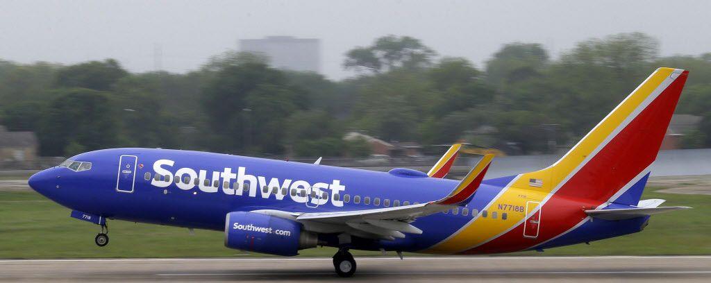 """Una pareja tuvo sexo durante un vuelo a Las Vegas desde Atlanta. Dijeron que no """"pudieron contenerse""""."""