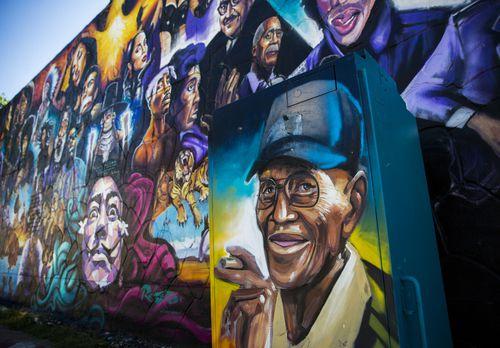 En Austin hay un mural dedicado a Overton