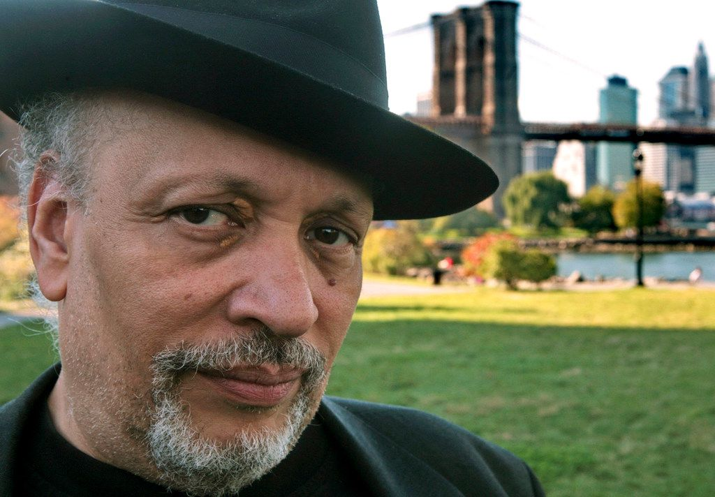 Walter Mosley  in New York in 2007.
