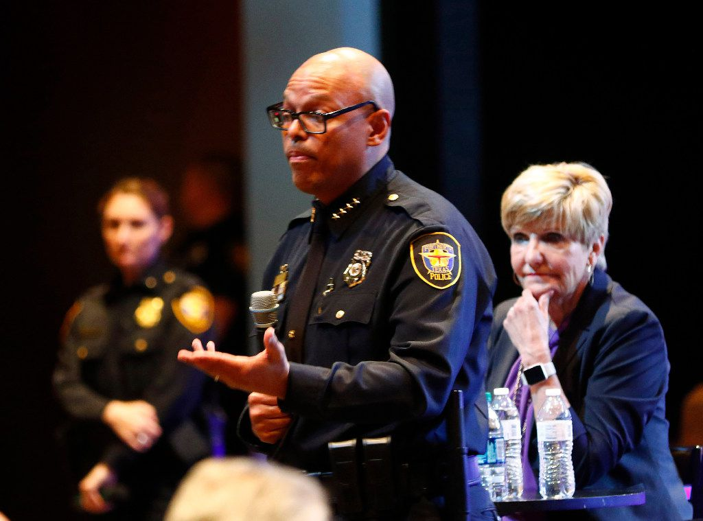 Fort Worth Police Chief Joel Fitzgerald and Mayor Betsy Price answered questions at a community meeting with Fort Worth city and police leaders.
