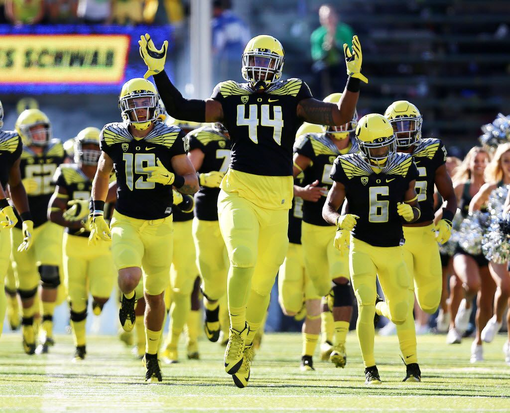 Oregon defensive lineman DeForest Buckner (44) is seen before an NCAA college football game against Eastern Washington Saturday, Sept. 5, 2015, in Eugene, Ore. (AP Photo/Ryan Kang)