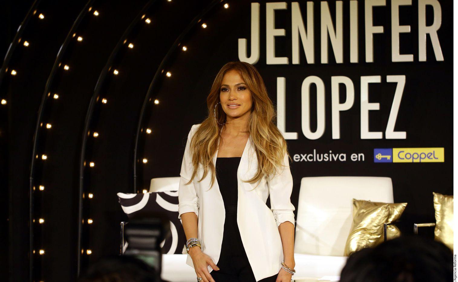 """Según fuentes, Alex Rodríguez, de 41 años, fue visto detrás de bambalinas del espectáculo de J.Lo (foto) en Las Vegas, """"All I Have"""". Foto AGENCIA REFORMA"""