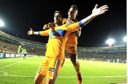 André-Pierre Gignac marcó el gol que le dio el pase a los Tigres a la semifinal. AGENCIA REFORMA