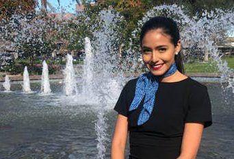 Selena Saavedra Román trabajaba como azafata para Mesa Airlines.(CORTESÍA)