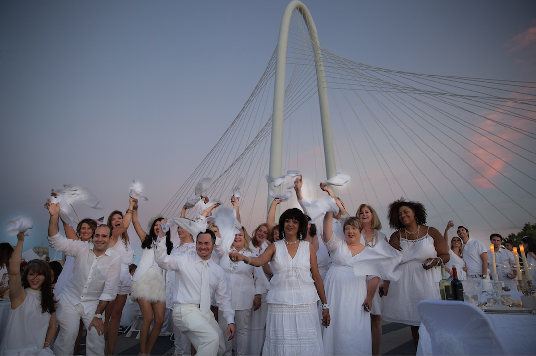 Scenes from the inaugural Diner en Blanc in Dallas, Sept. 17, 2015.