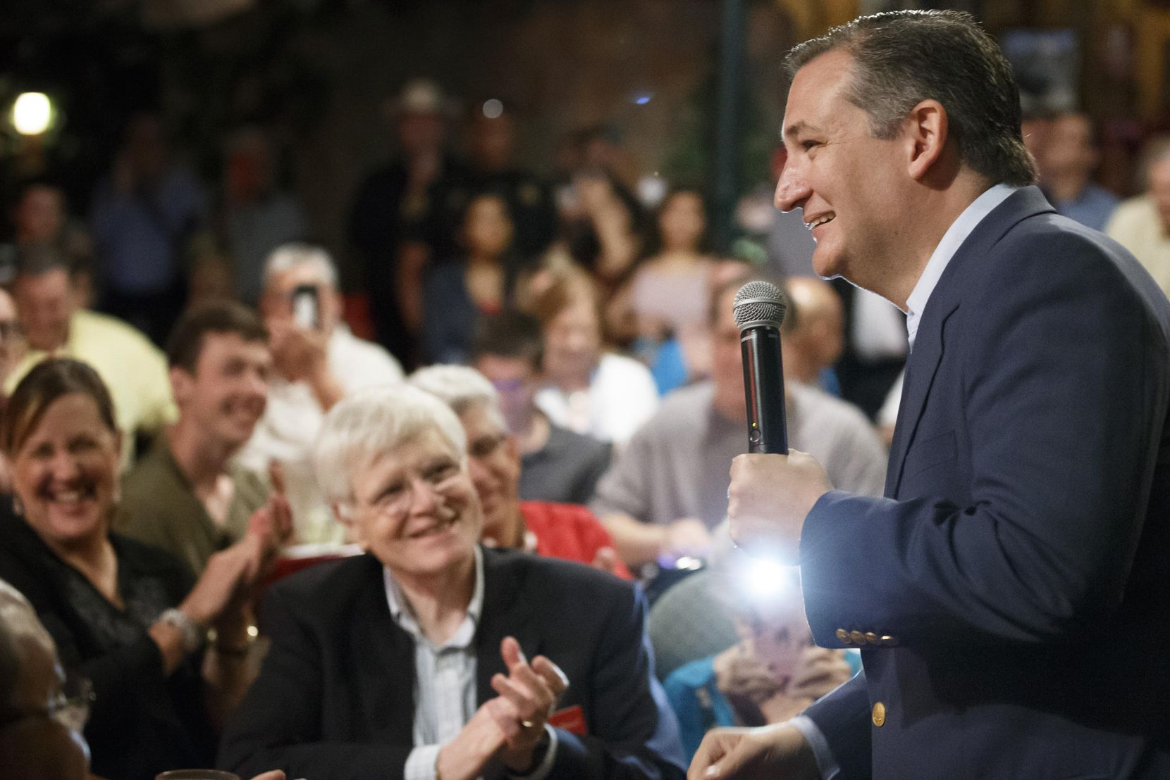 Sen. Ted Cruz addresses supporters during a campaign event at Babes Chicken Dinner House on Tuesday, Aug. 14, in Arlington.