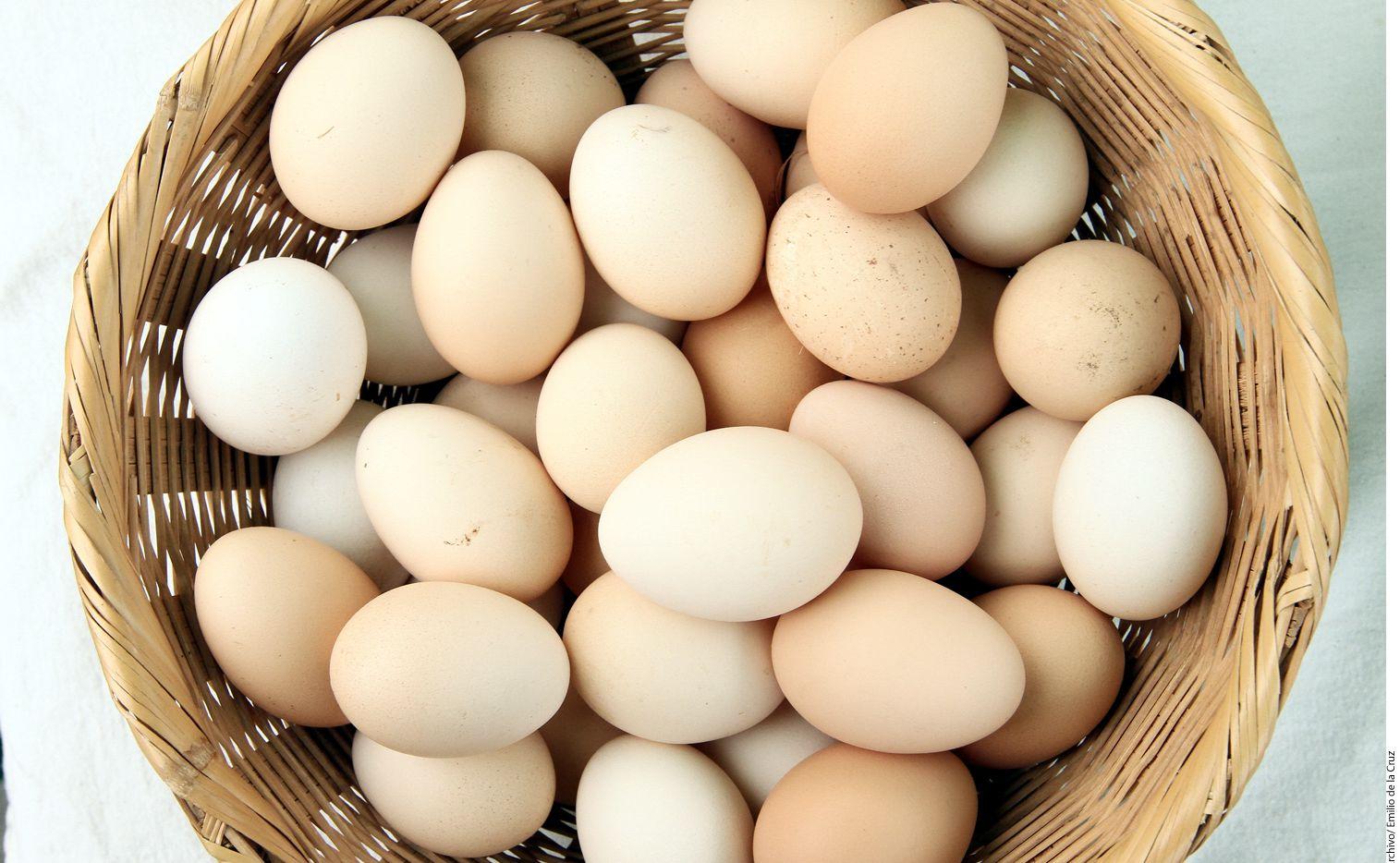 No hay estudios científicos que sustenten que los huevos orgánicos ofrecen mejores beneficios nutrimentales que los comunes. AGENCIA REFORMA.