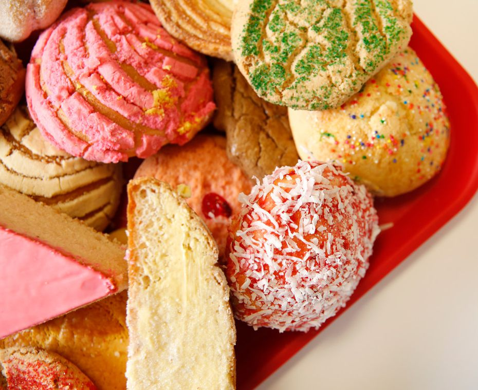 Have you ever tasted Mexican pastries from a panaderia in or near Dallas? Here's your can't miss list.
