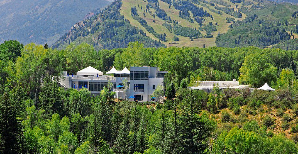 Aspen Meadows Resort, the home of the Aspen Institute, is available for hotel stays.