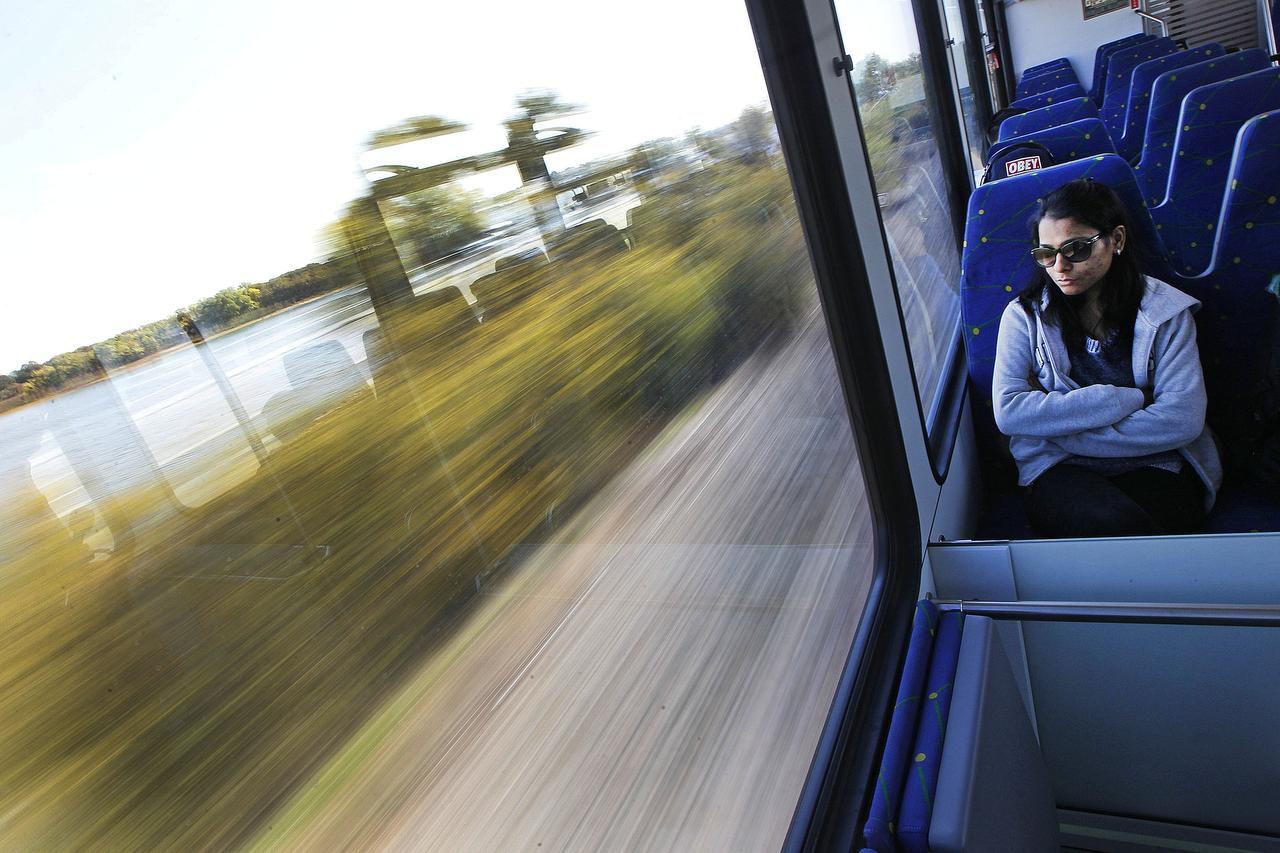 El tren TEX Rail cubrirá la ruta del aeropuerto DFW hasta el centro de Fort Worth. (TNS/ARCHIVO)