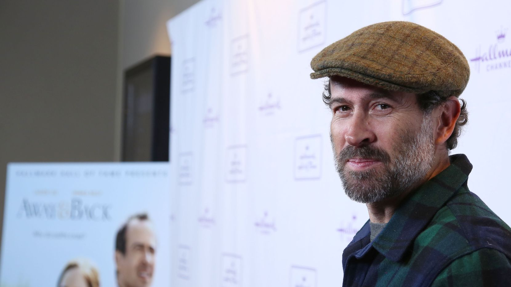 """Actor Jason Lee arrives at Hallmark Hall Of Fame's """"Away & Back"""" Exclusive Premiere Event at iPic Theaters on January 20, 2015 in Los Angeles, California."""