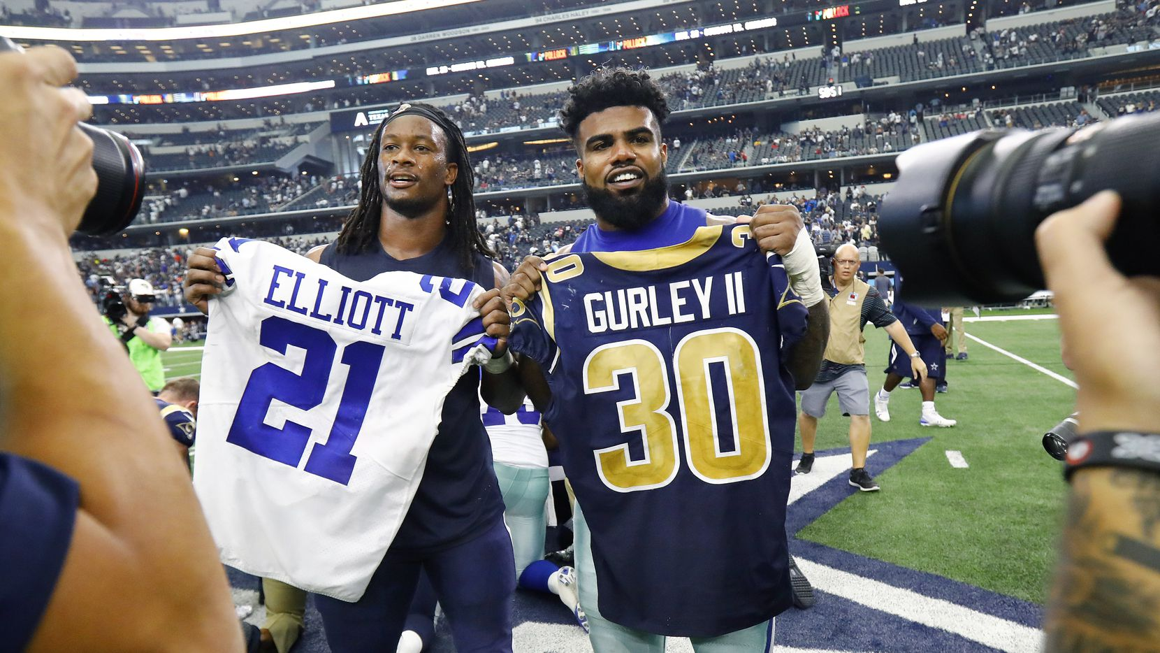 super popular 13ca0 58916 Behind the NFL tradition of exchanging jerseys, and what ...