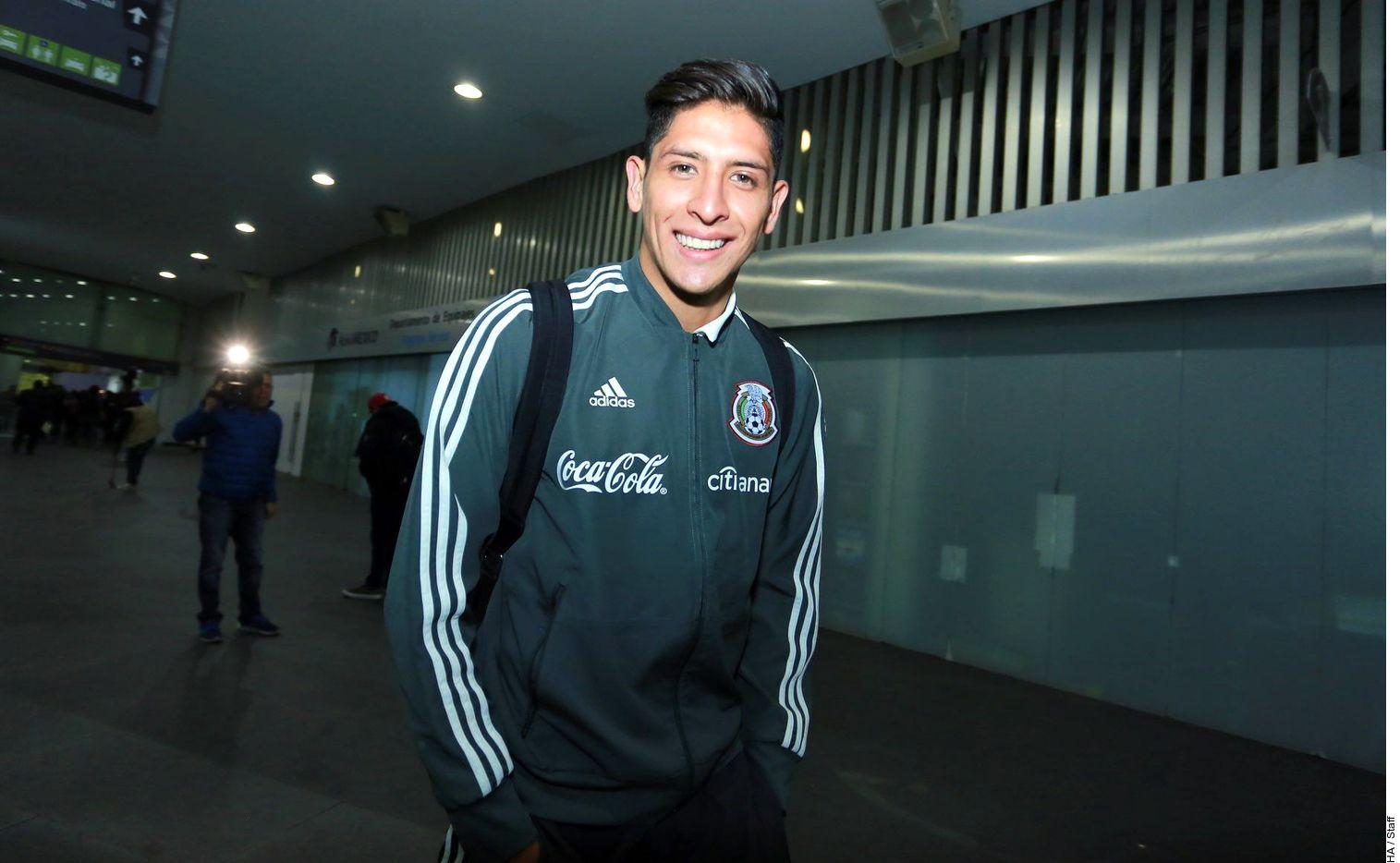 Edson Álvarez se lesionó durante el partido entre México y Venezuela en Atlanta. Foto Agencia Reforma