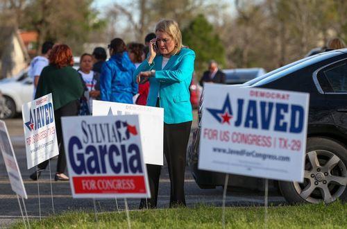 Sylvia Garcia ganó la elección del martes. Texas tendrá a su primera mujer hispana en el congreso. (Godofredo A. Vasquez/Houston Chronicle via AP)