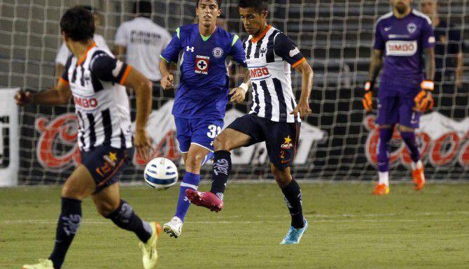 Cruz Azul y Monterrey jugaron en el 2014 en Dallas, como parte del Tour Socio Mx. (ESPECIAL PARA AL DÍA/BEN TORRES)
