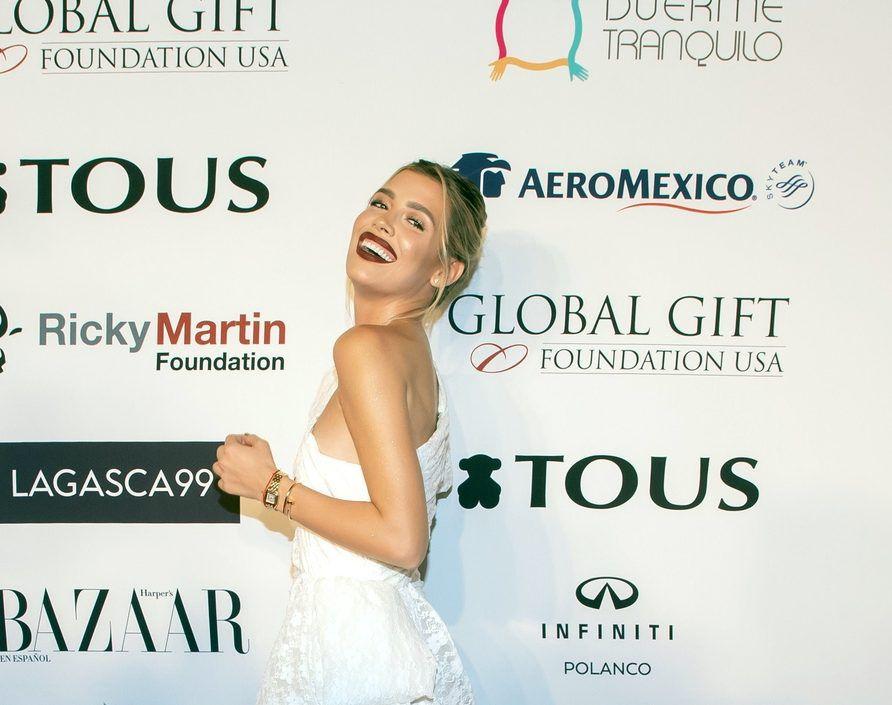 Michelle Salas sorprendió ayer con nuevo rostro en una fiesta realizada en París por una importante casa joyera./ AGENCIA REFORMA
