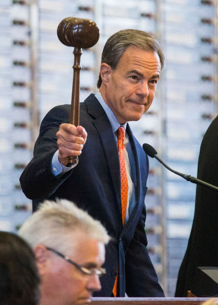 Speaker Joe Straus gaveled the House into special session Tuesday.