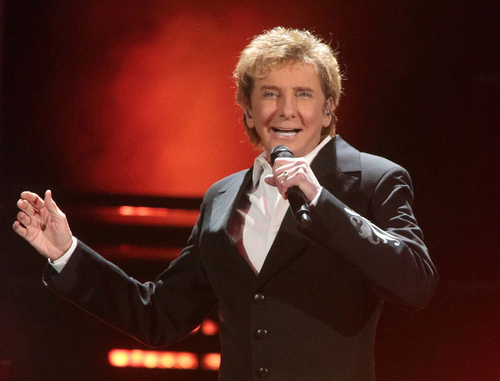 """FILE - In this March 17, 2016 file photo, Barry Manilow performs in concert during his """"One Last Time! Tour 2016"""" in Hershey, Pa."""