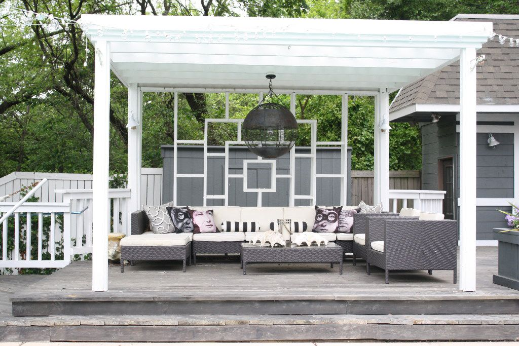 Experiment with your style outdoors. Try something you wouldn't normally go for, says Scout Design Studio's Tiffany Taylor.
