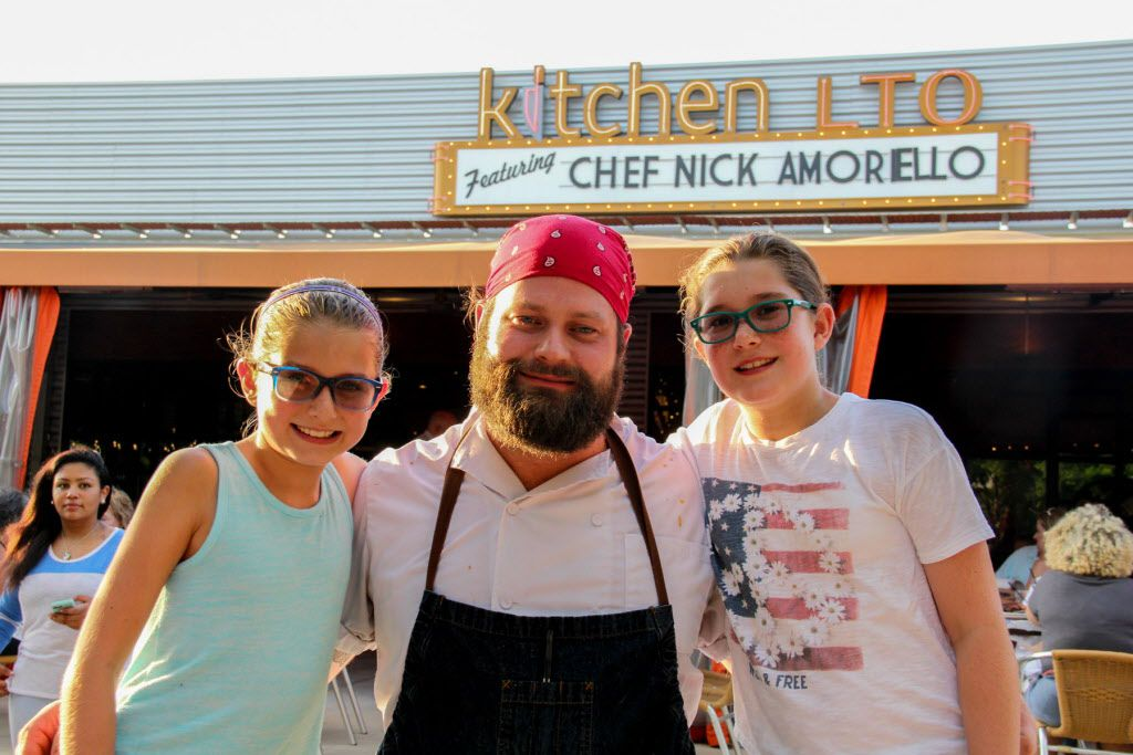 Chef Nick Amoriello and Kitchen LTO served up Pioneer Picnic on Sunday, July 3rd!  the menu included fried chicken, baby back ribs, blue cheese coleslaw, baked beans and potato salad for a classic Texas feast on the patio. Chef Nick Amoriello with his girls.