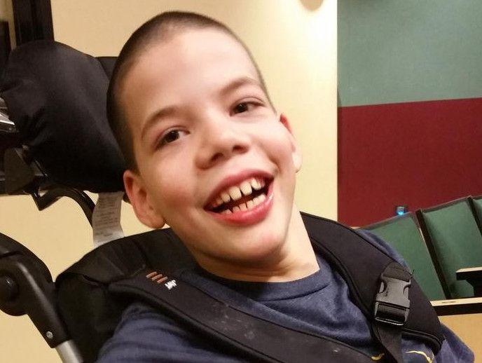 Rudy Smith, un niño de 11 años de El Paso con parálisis cerebral, tiene problemas para conseguir sus medicinas por los intentos del estado de reducir los costos de Medicaid. (FAMILIA SMITH/CORTESÍA)