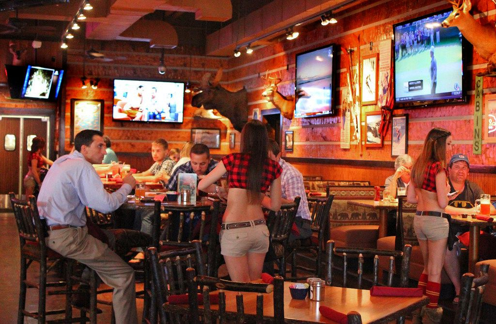 Twin Peaks restaurant in Orlando, June 3, 2013. (Ricky Brigante-Inside the Magic/via Flickr)