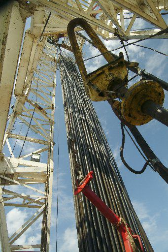 A Jackson Dome drilling rig operates in Mississippi. Denbury Resources is major player in acquired carbon dioxide from those wells and others in the Gulf Coast region. (Denbury Resources)