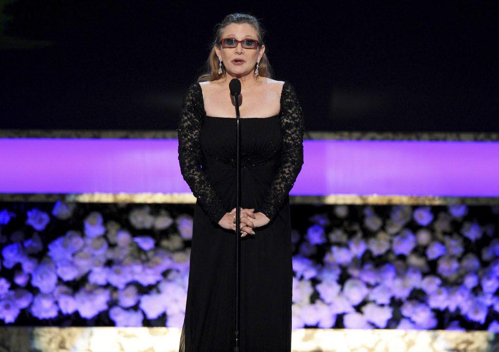 Famosos lamentaron la muerte de Carrie Fisher. /AP