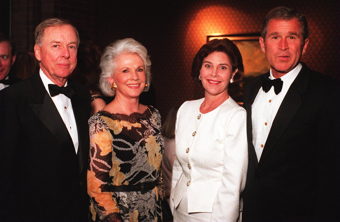T. Boone Pickens with his second wife, Bea Pickens, with Laura  and Gov. George W. Bush at the Gridiron show benefiting the Press Club of Dallas.
