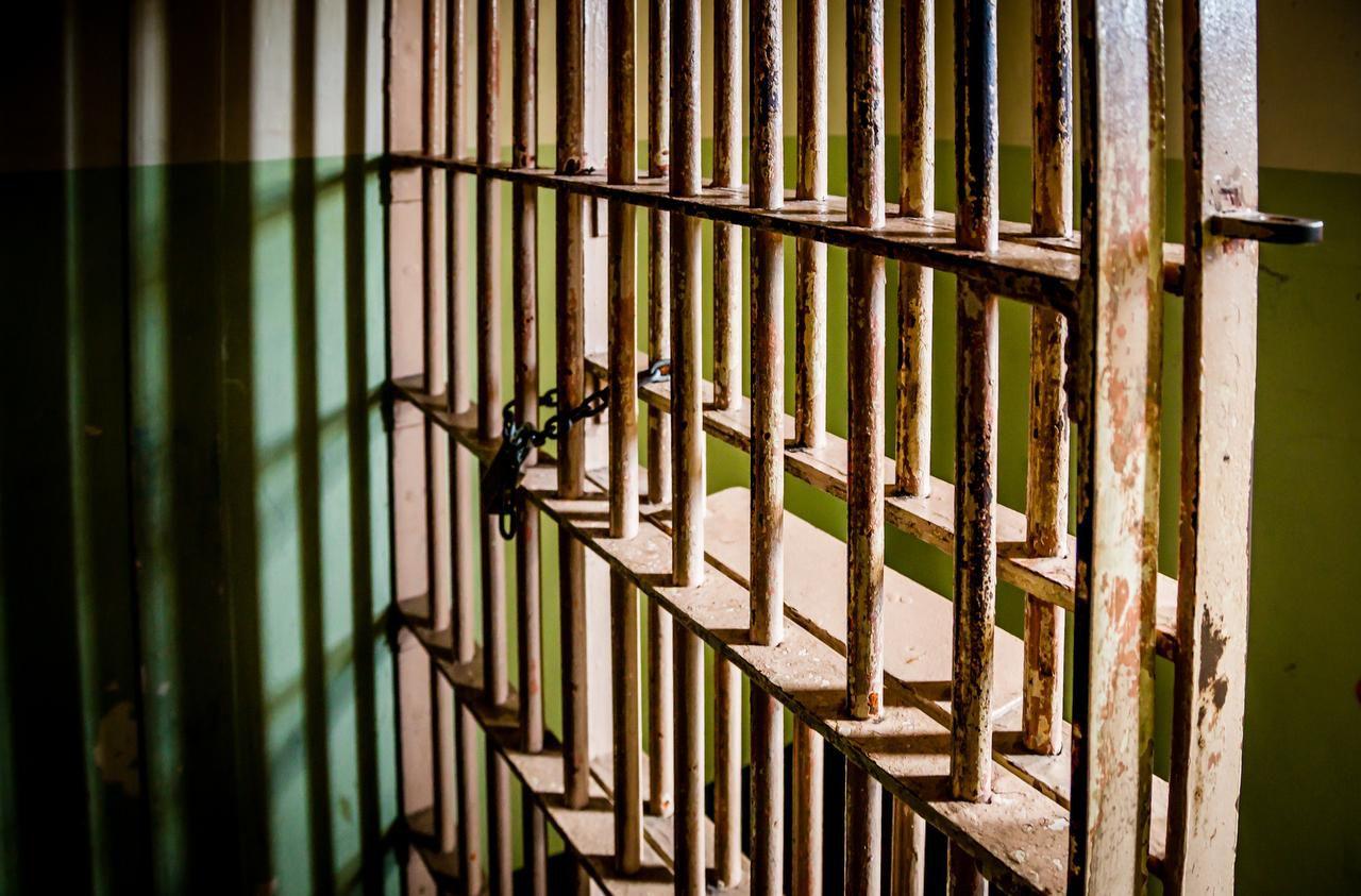 Más de 1,000 años de prisión para un hombre en el condado de Hays por abuso sexual de dos menores.