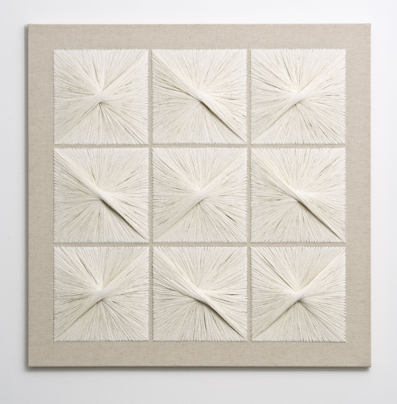 Sheila Hicks, Masonry Panel, 1981, linen, cotton, 90 x 90.5 x 2 cm.,