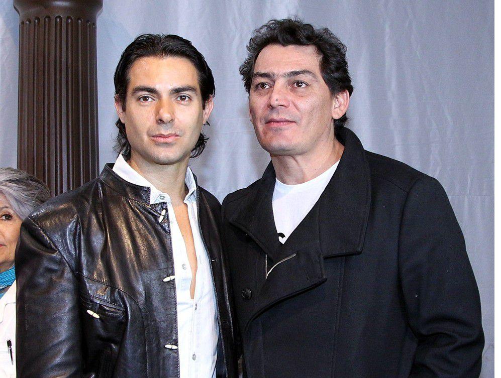 """Ernesto D'Alessio interpreta a José Manuel Figueroa en la serie """"En la Vida de… Joan Sebastian"""", y a su vez, Figueroa da vida a su difunto padre./ AGENCIA REFORMA"""